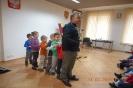 czlowiek orkiestra w bibliotece_11